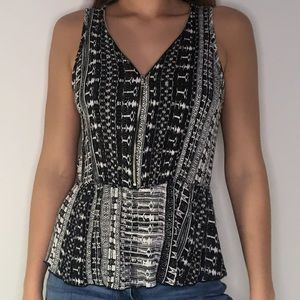 Chocolate Juniors Patterned Zip Up Tank Top Small